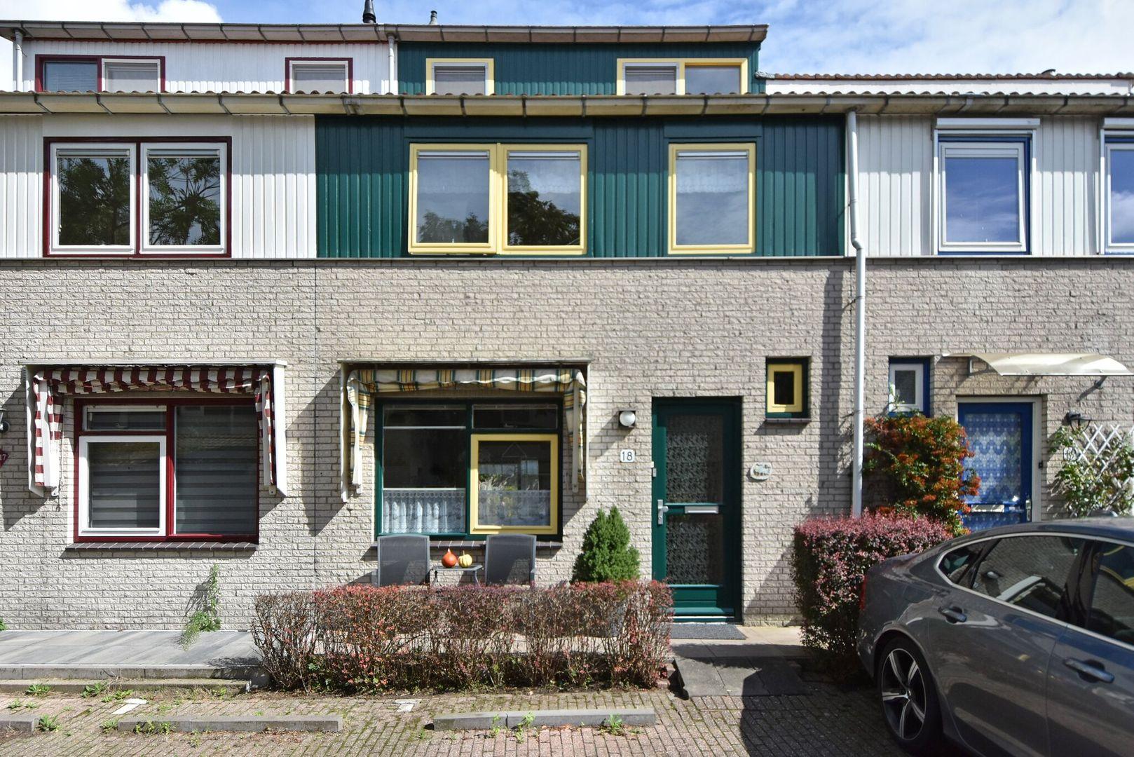 Kiekendiefhof 18, Delft foto-1