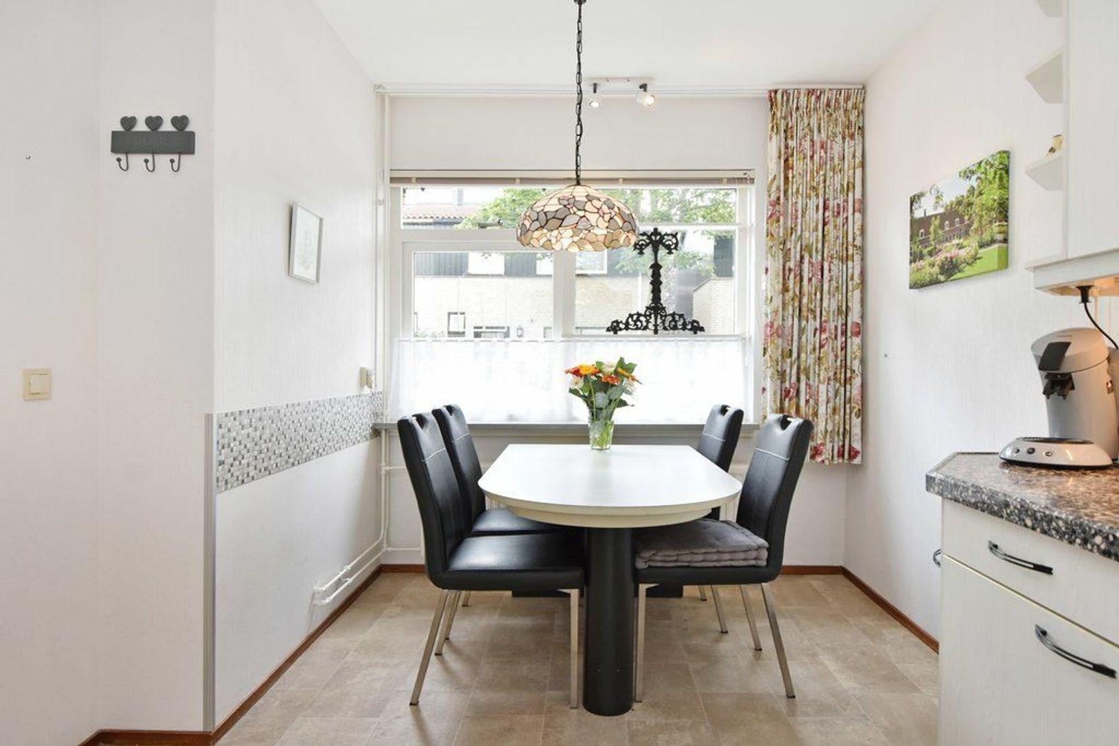 Kiekendiefhof 18, Delft foto-15