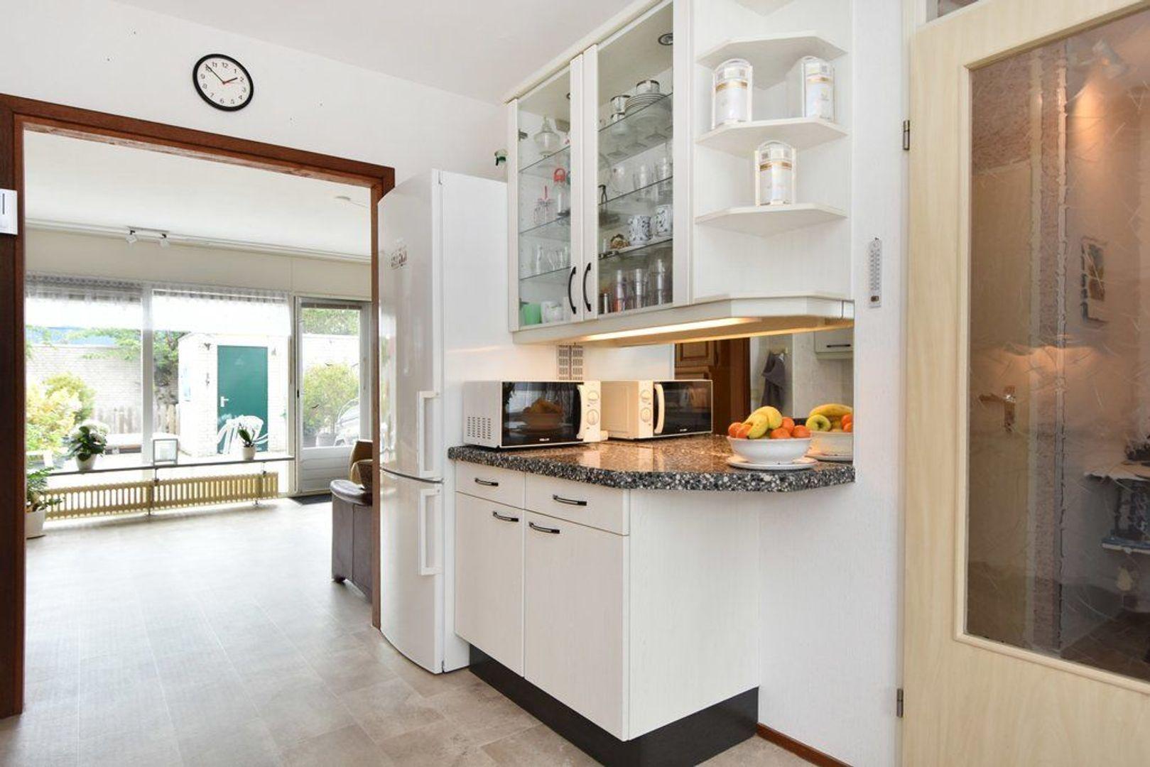 Kiekendiefhof 18, Delft foto-5