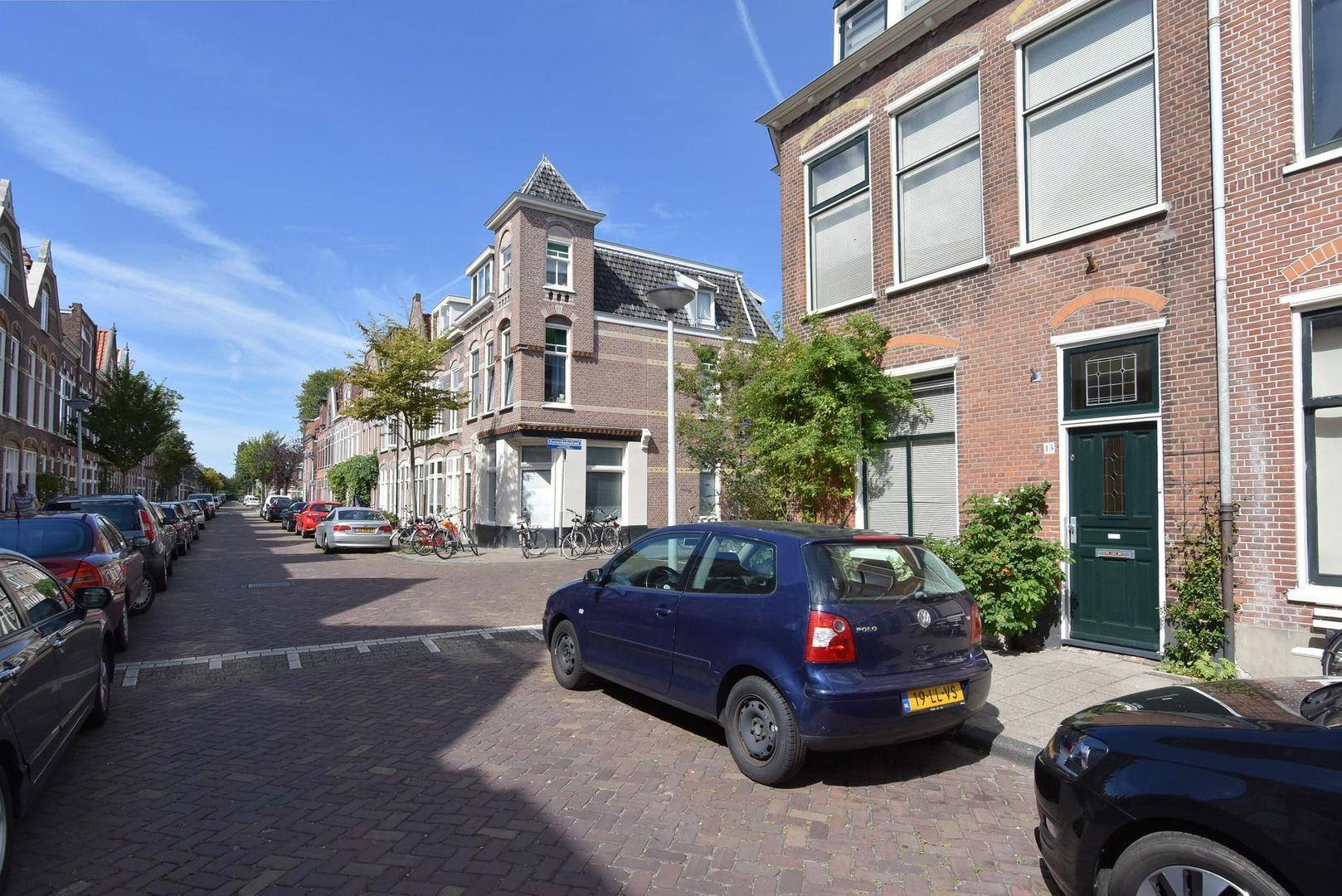 Magdalena Moonsstraat 13, Leiden foto-1