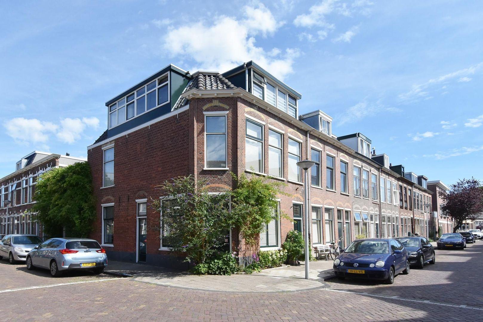 Magdalena Moonsstraat 13, Leiden foto-0