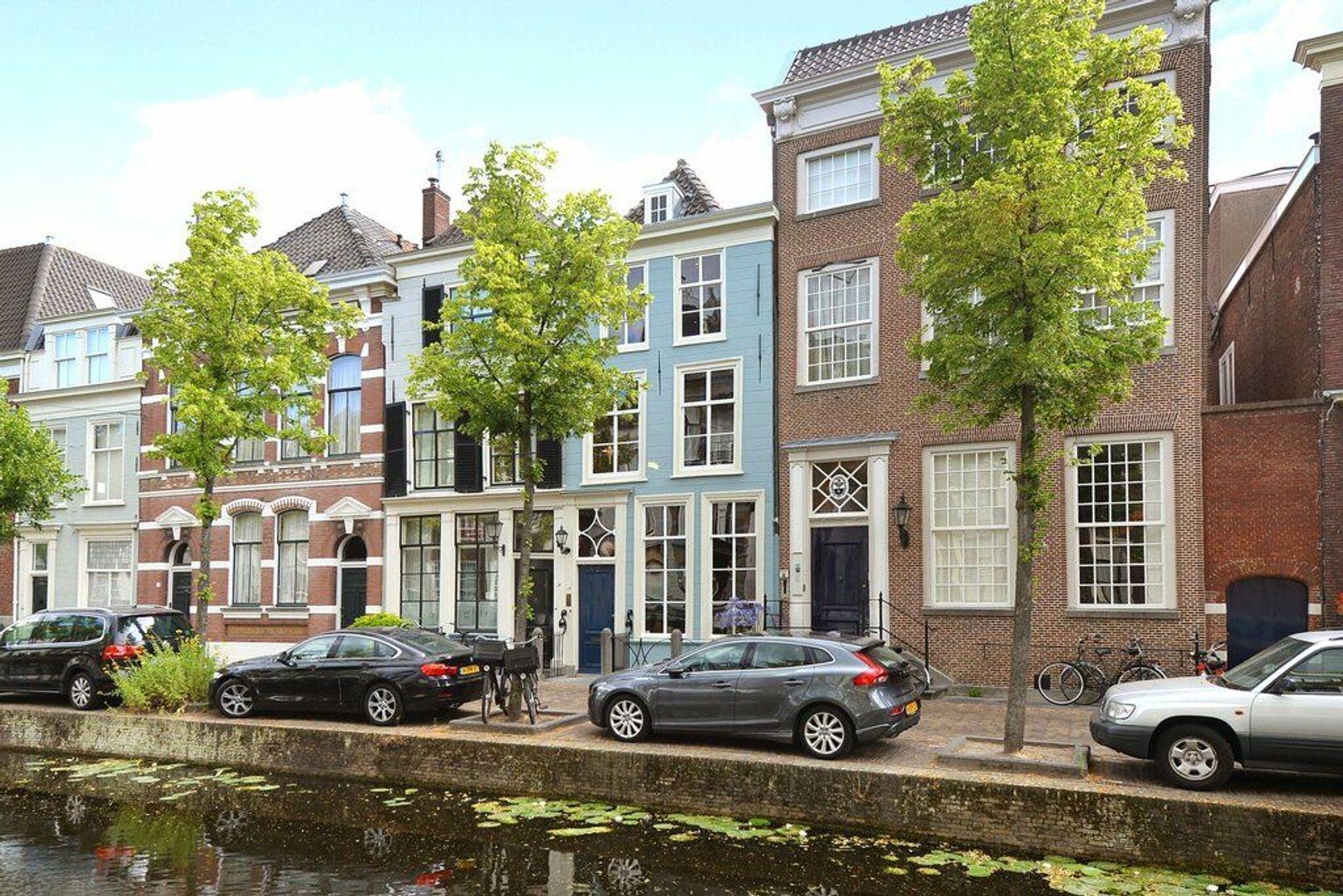Oude Delft 28, Delft foto-0