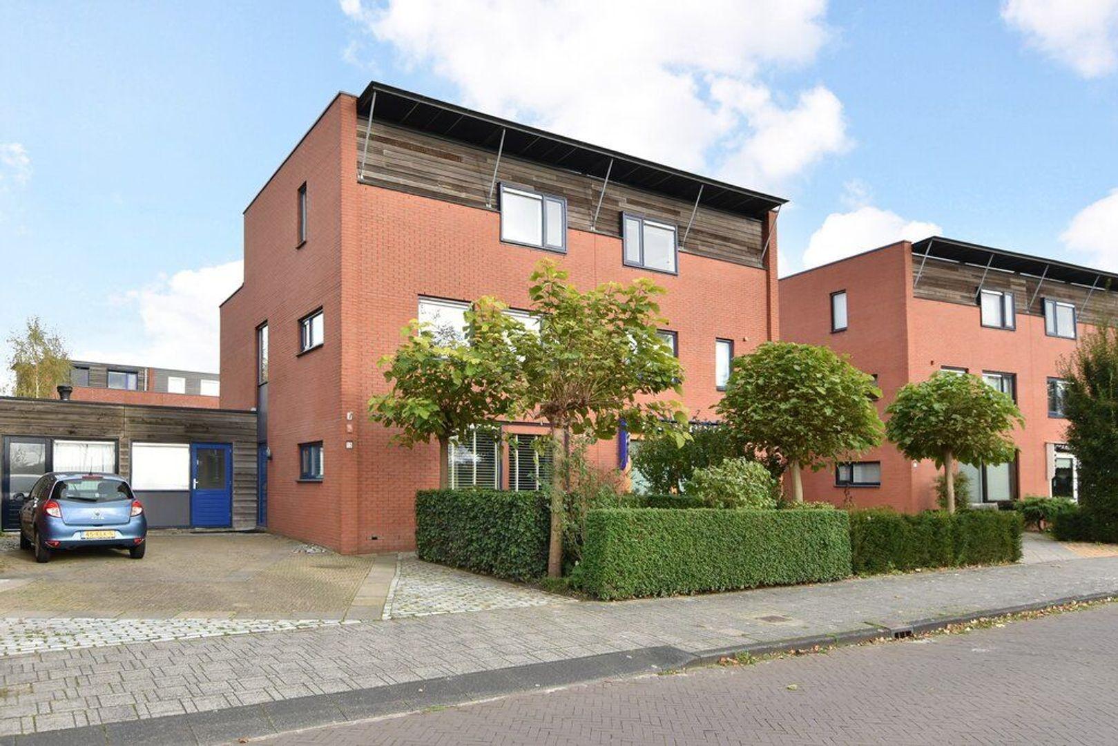 Spireaveld 13, Den Haag foto-0