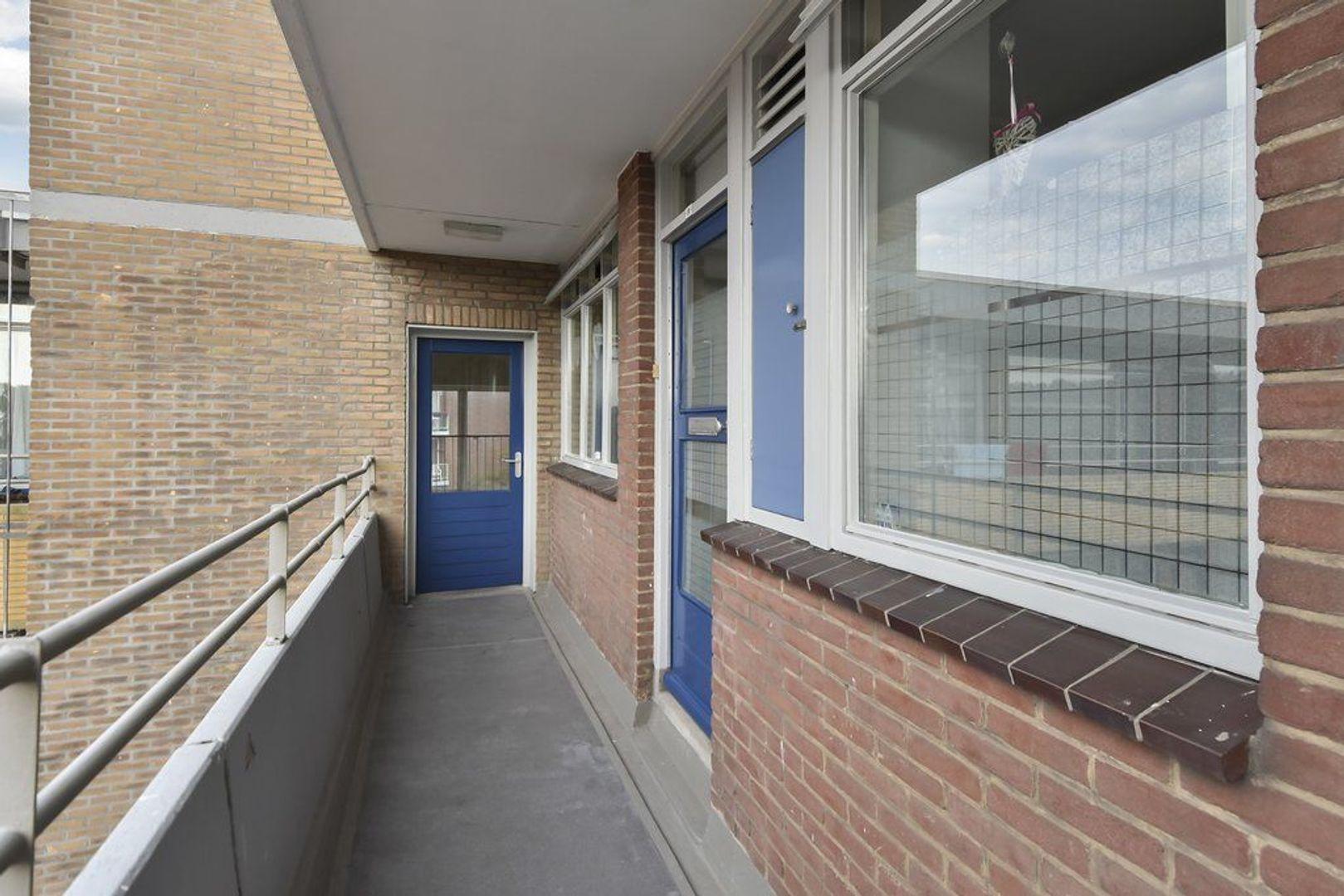 Van Adrichemstraat 81, Delft foto-1