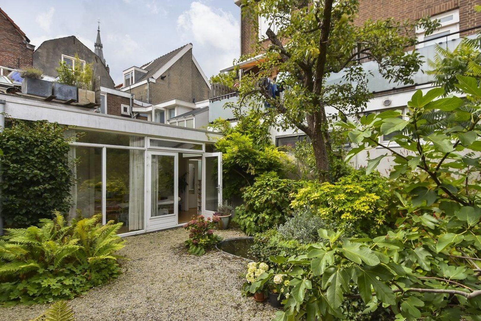 Nieuwe Langendijk 3, Delft foto-13