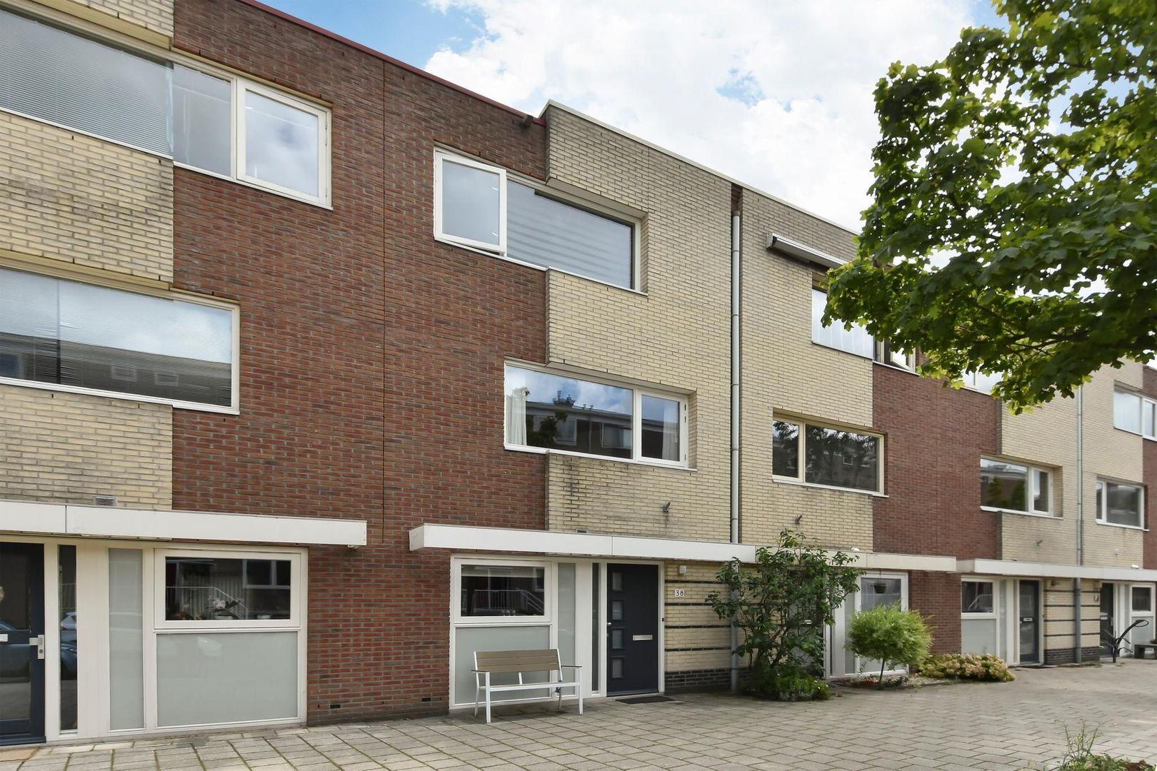 Van der Lelijstraat 38, Delft foto-0