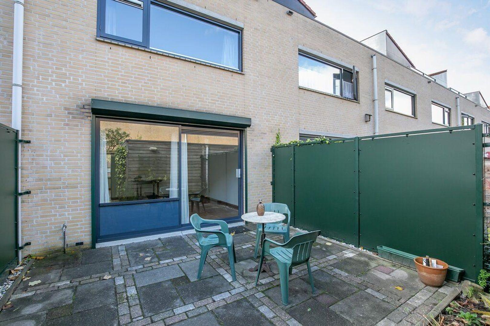 Hof van Zilverlicht 85, Delft foto-13