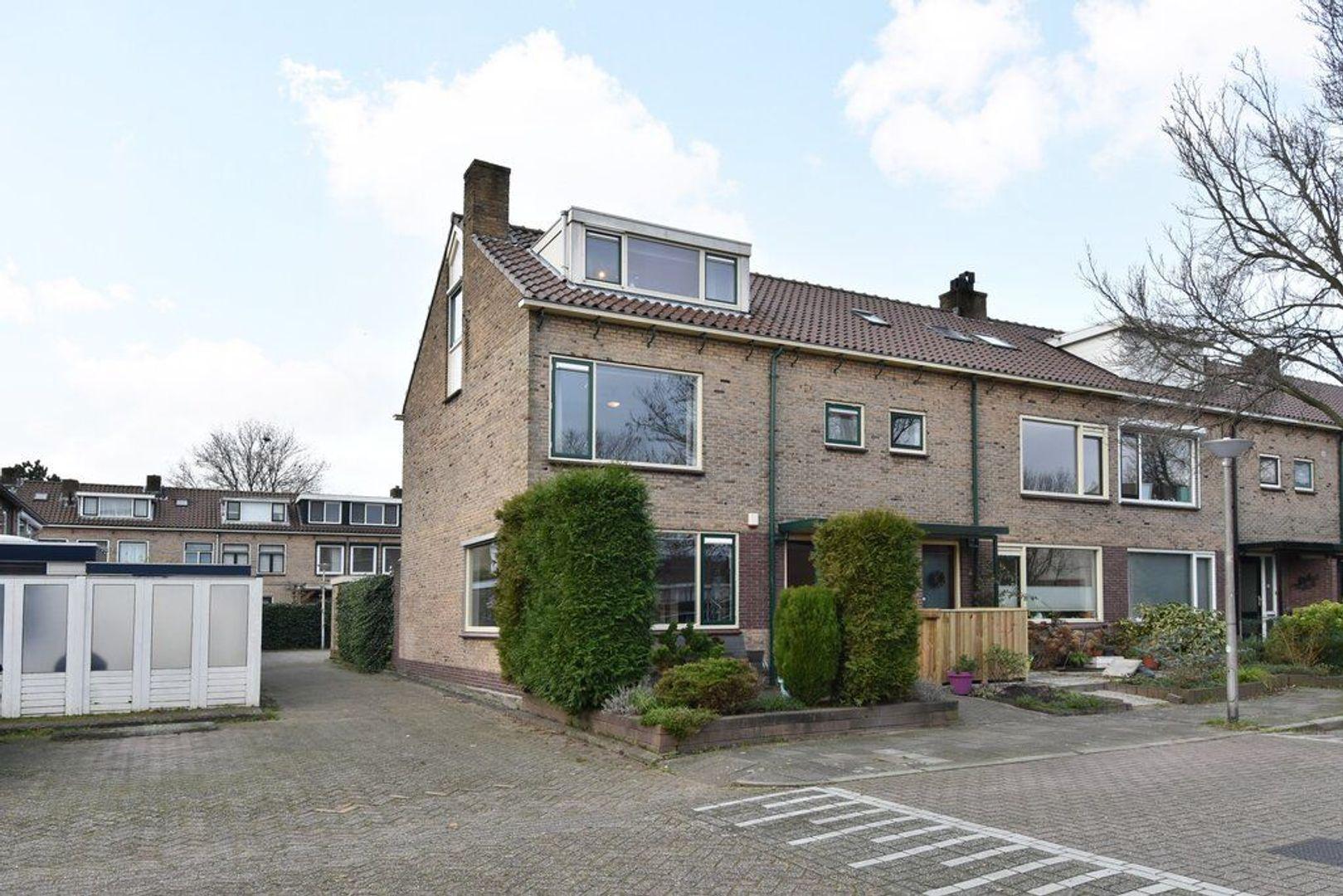 Oranjelaan 29, Den Hoorn foto-2