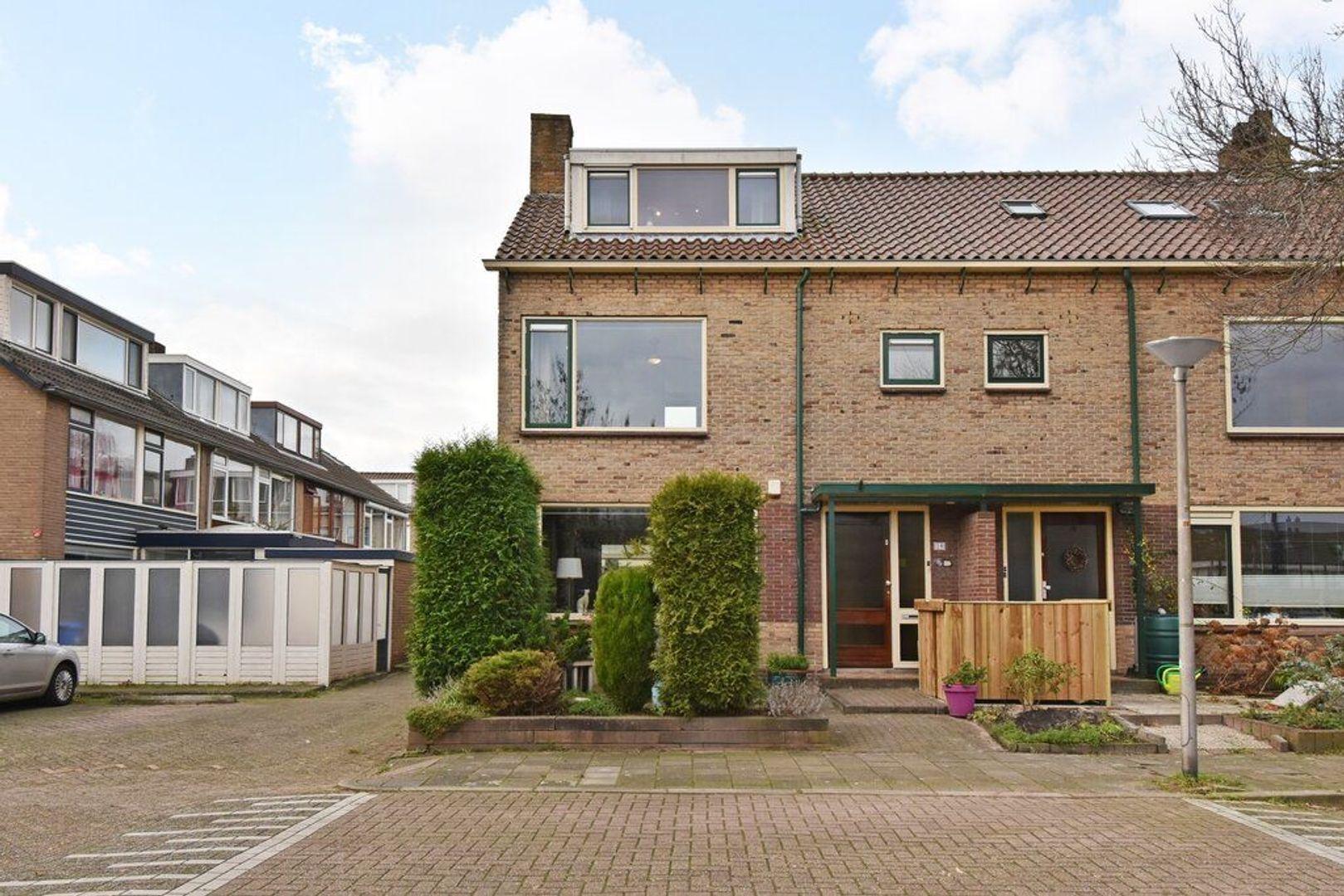 Oranjelaan 29, Den Hoorn foto-1