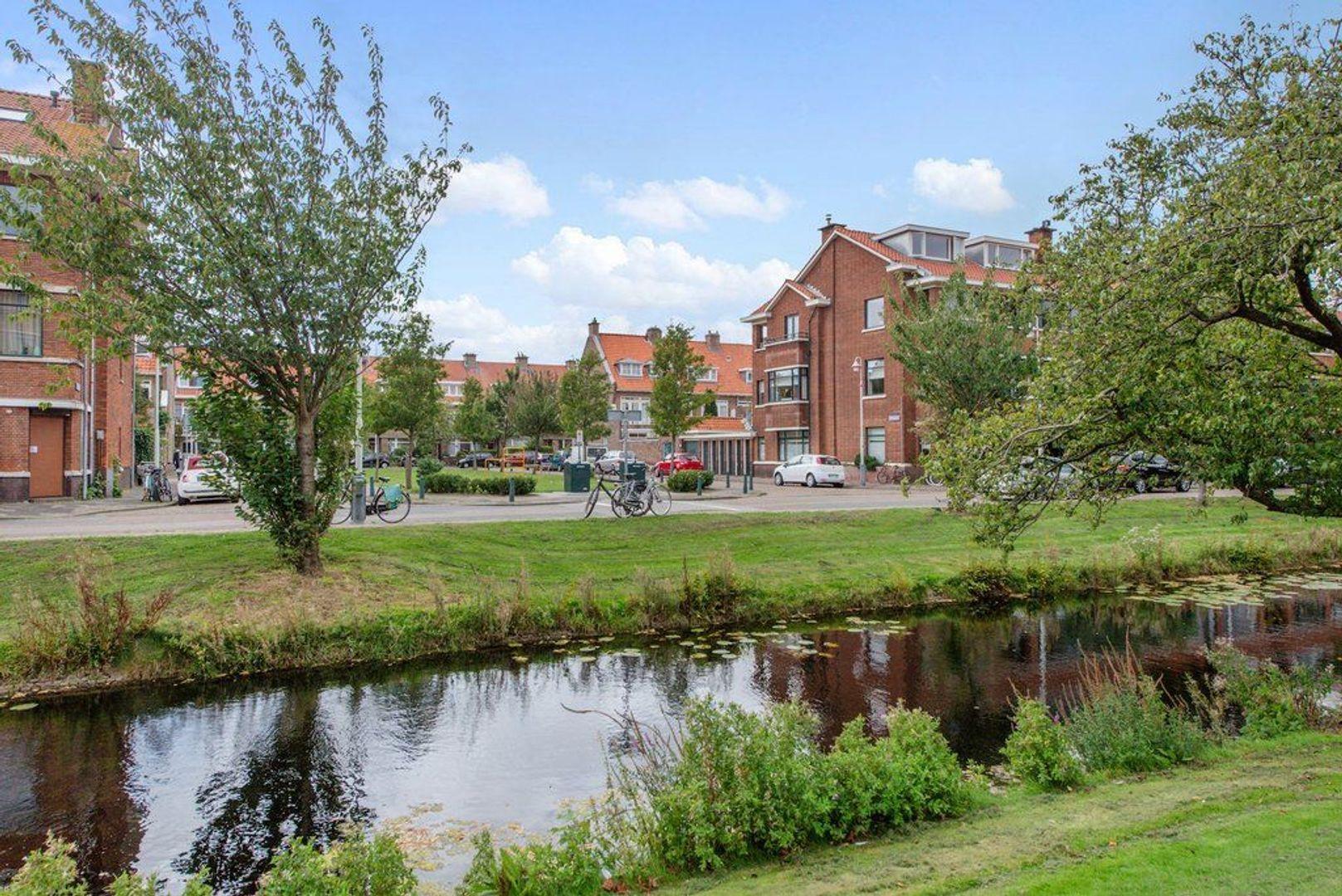 Hoefbladlaan 11, Den Haag foto-0