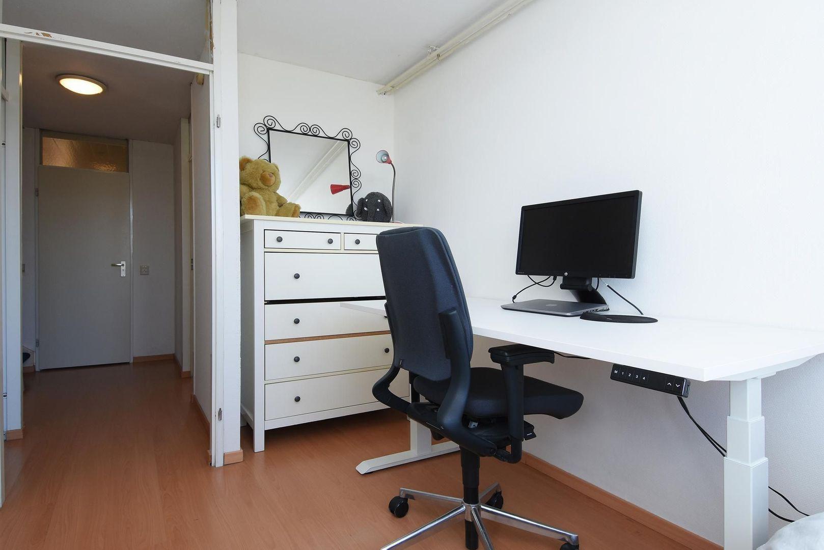 Eekhoornhof 15, Delft foto-11