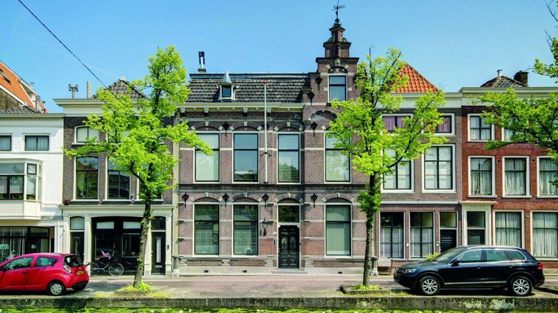 Noordeinde 20, Delft foto-0