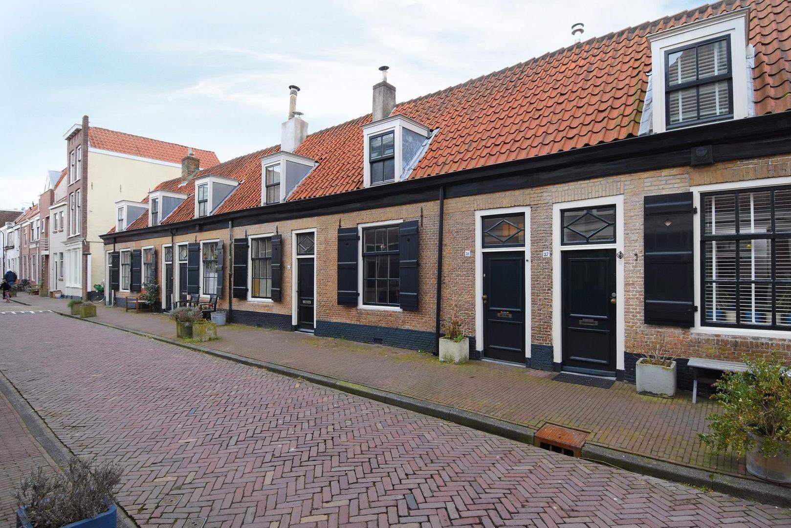 Doelenstraat 39, Delft foto-0