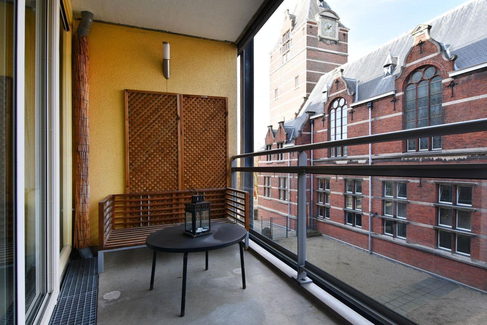 Raam 96, Delft foto-8