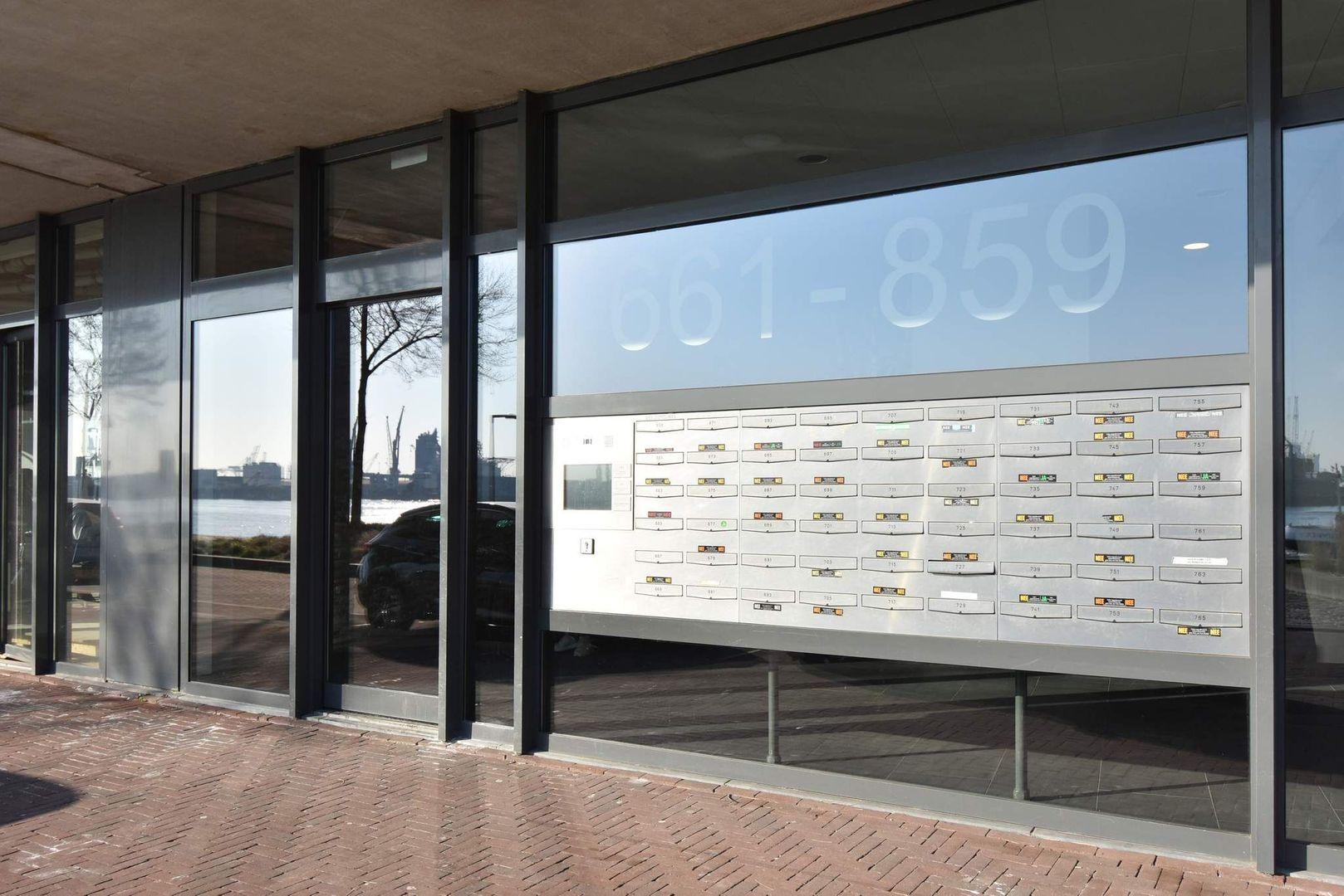 Lloydkade 719, Rotterdam foto-2