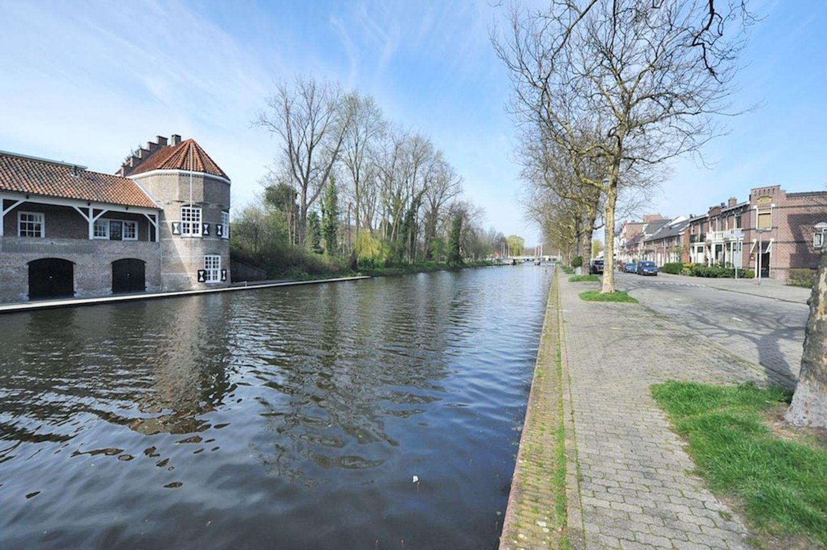 Rembrandtstraat 13, Delft foto-1