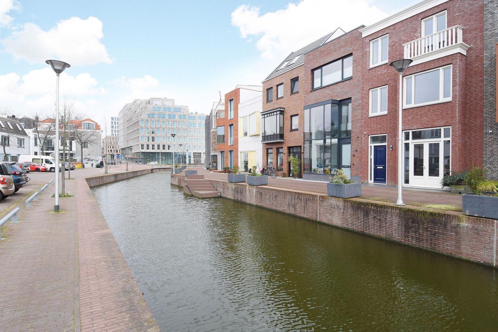 Graaf Floriskade 12, Delft foto-1