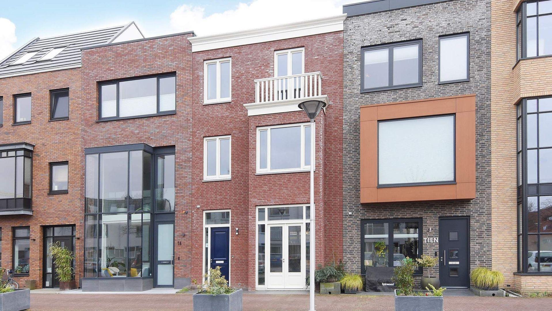 Graaf Floriskade 12, Delft foto-0