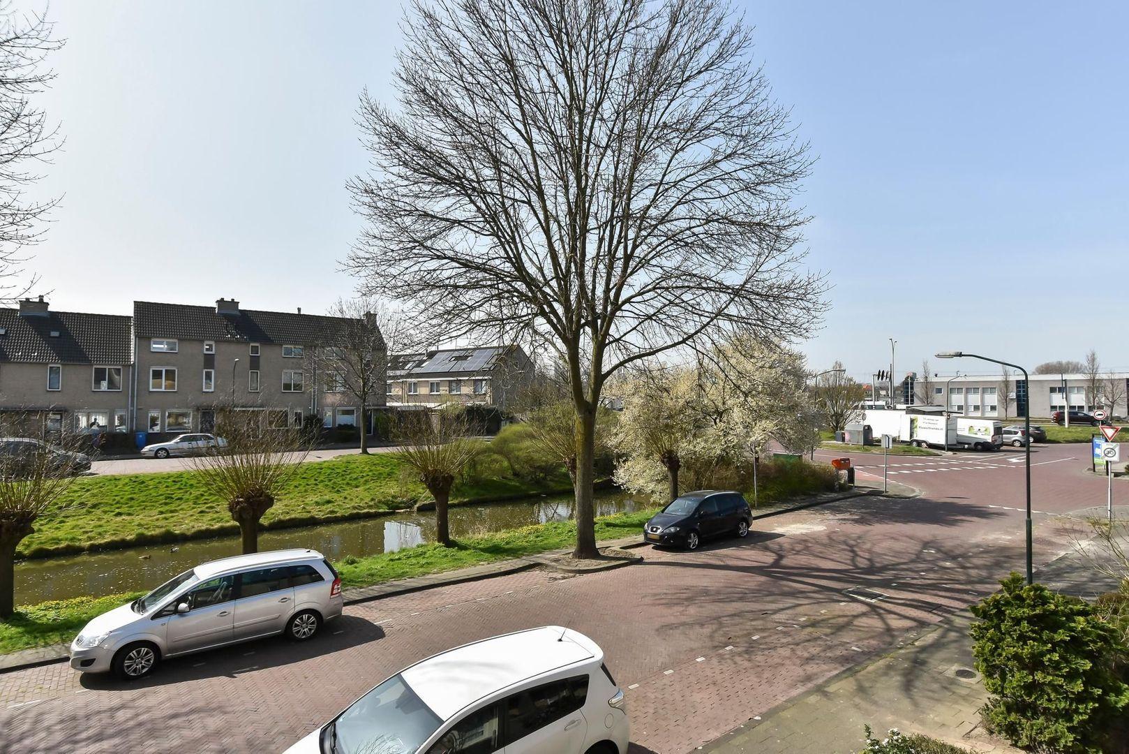 Zwaluwsingel 9, Rijswijk foto-37