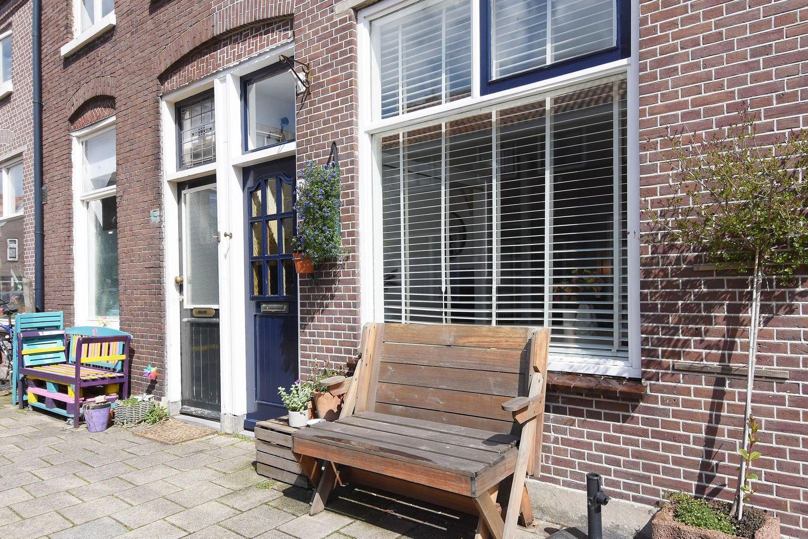 Arnoldstraat 10, Delft foto-1