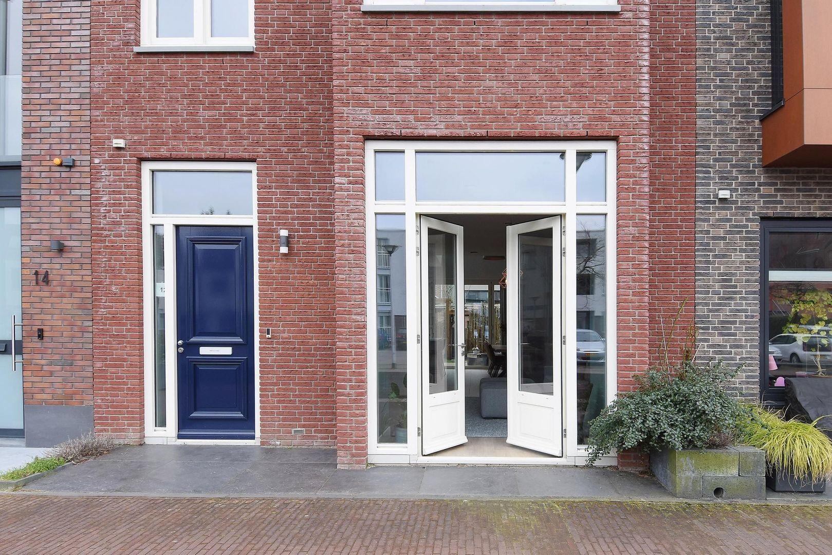 Graaf Floriskade 12, Delft foto-2