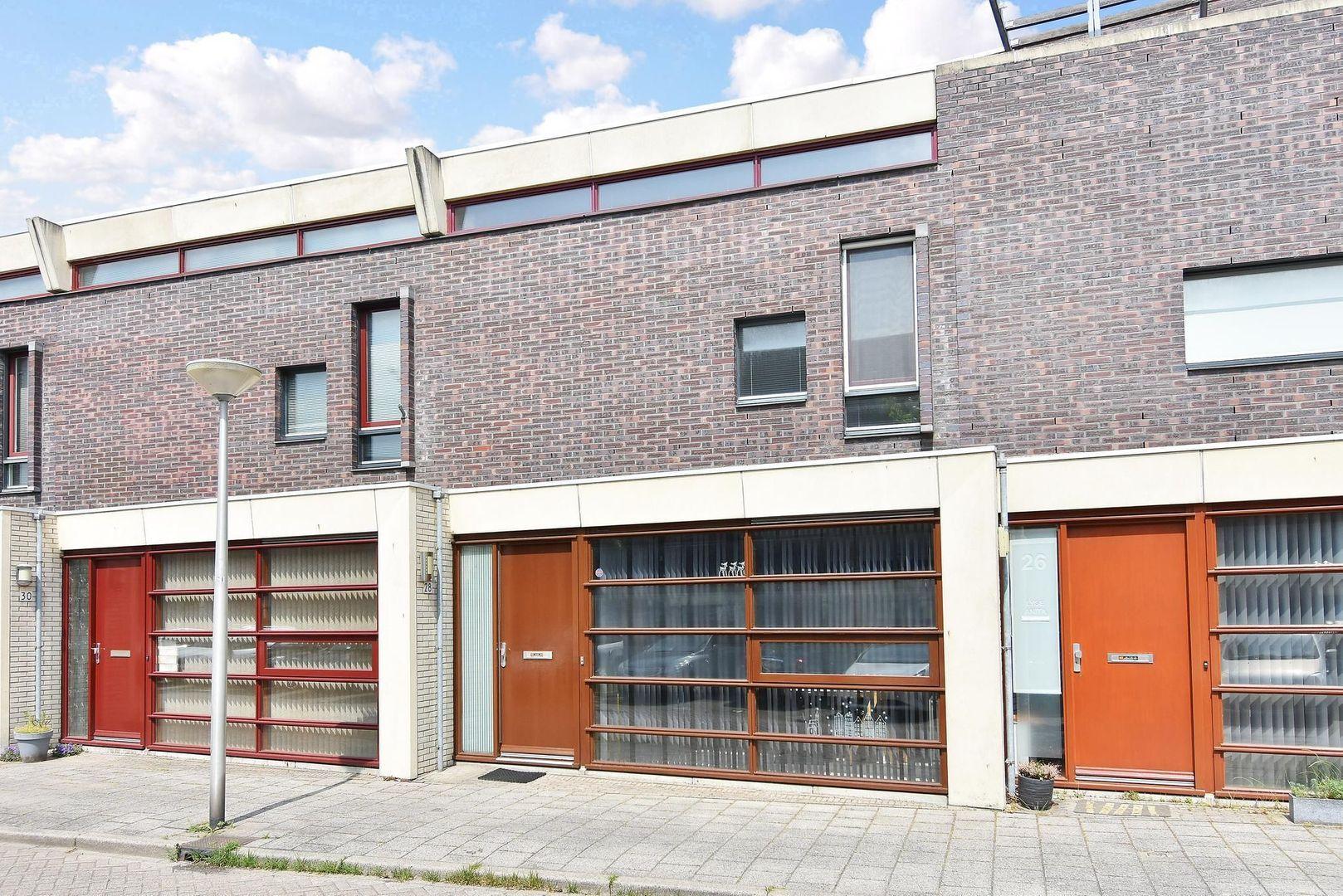 Laan van Van der Gaag 28, Delft foto-0