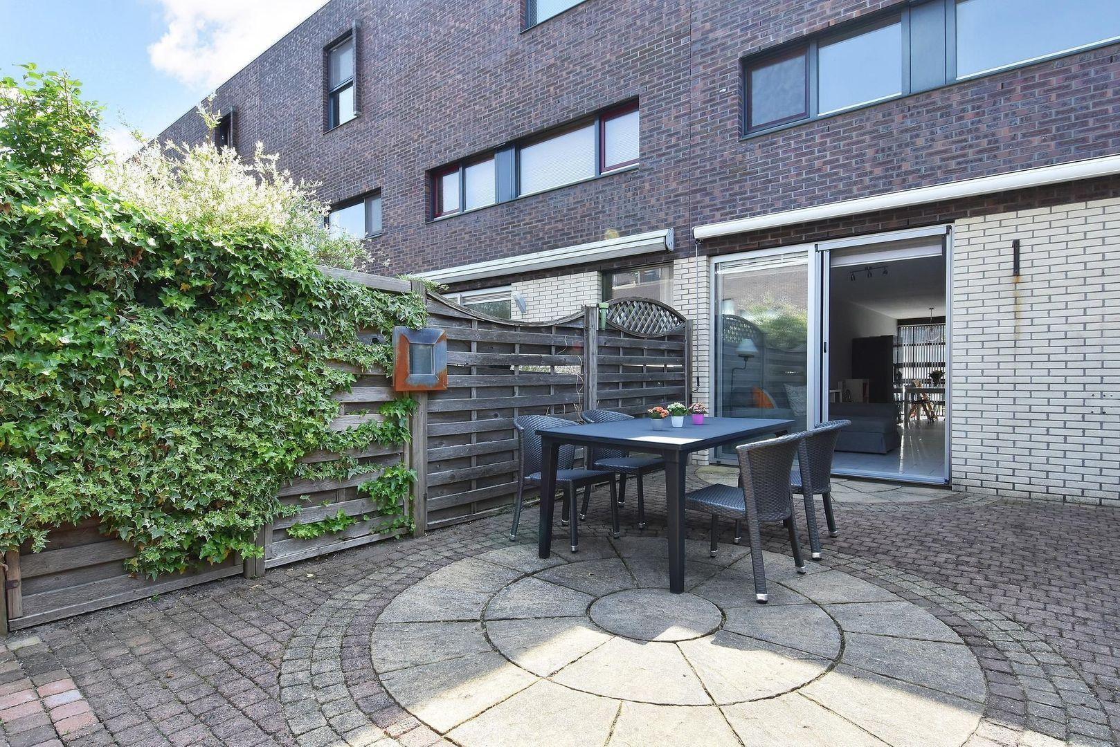 Laan van Van der Gaag 28, Delft foto-15
