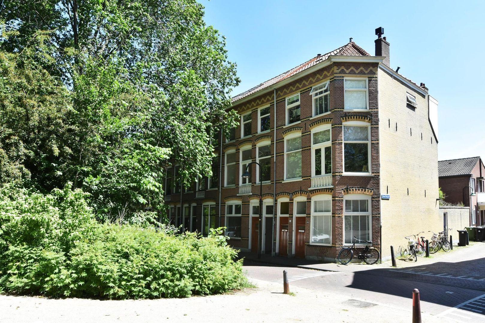 Koningsplein 43, Delft foto-0