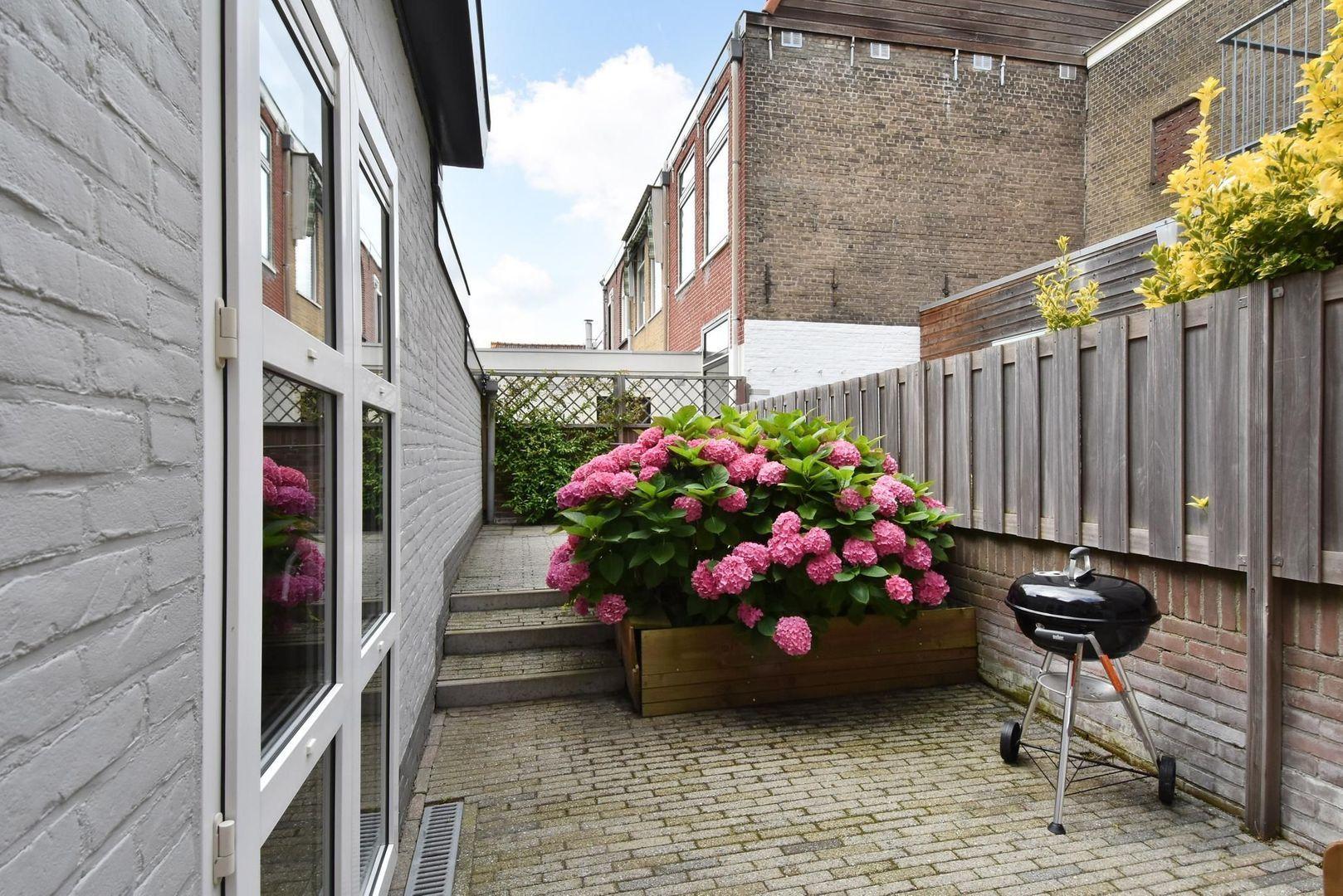 Rotterdamseweg 102, Delft foto-1