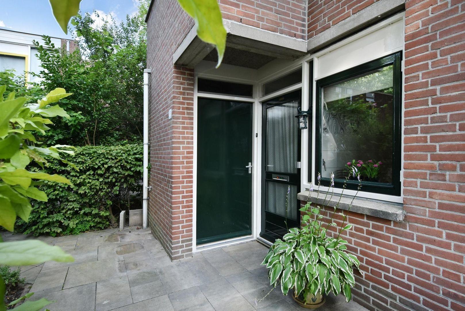 Karekiethof 13, Delft foto-2