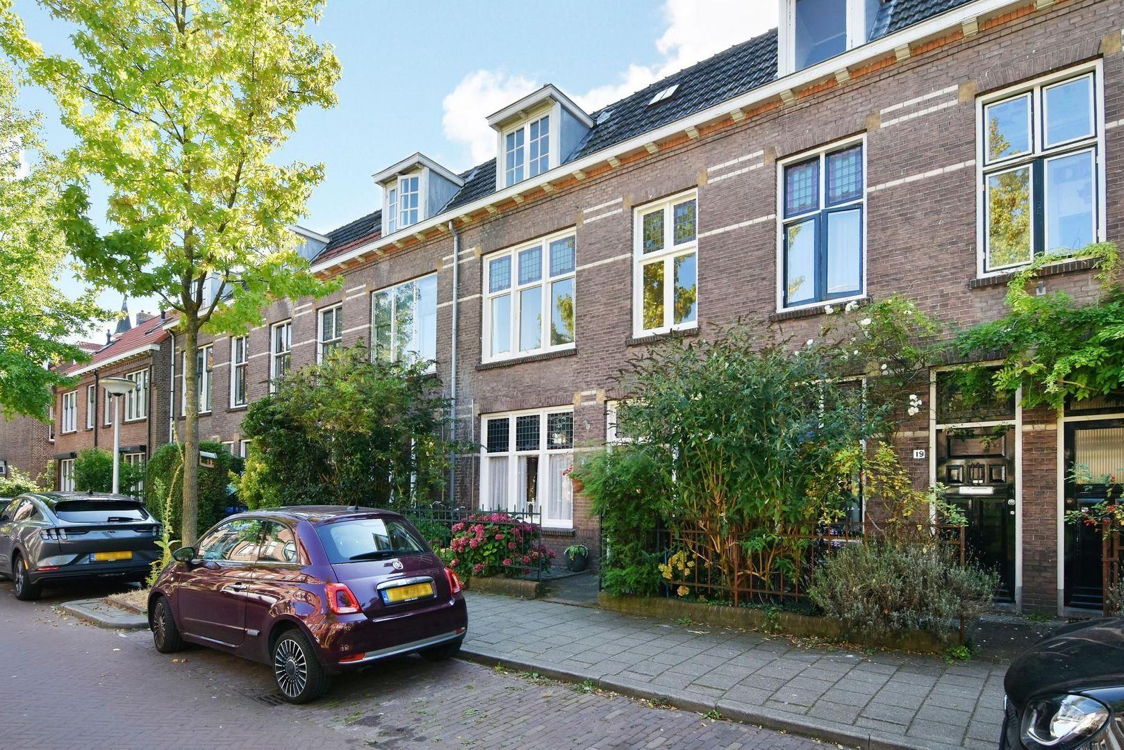 Willem de Zwijgerstraat 21, Delft foto-1