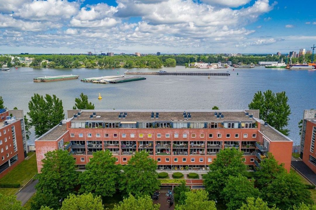 Knsm-Laan, Amsterdam