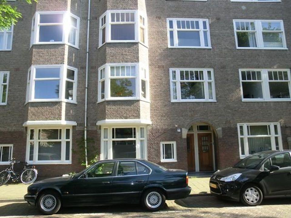 Van Tuyll Van Serooskerkenplein, Amsterdam