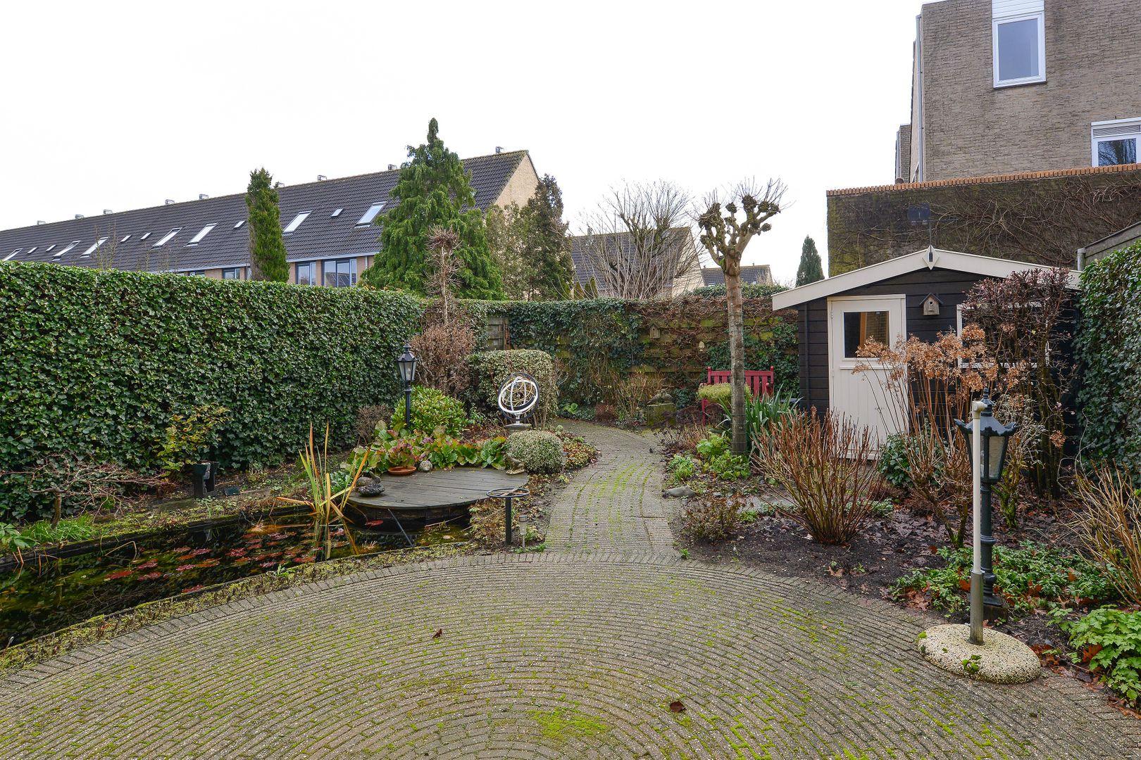 Frankrijkpark 19, Alphen Aan Den Rijn foto-17 blur