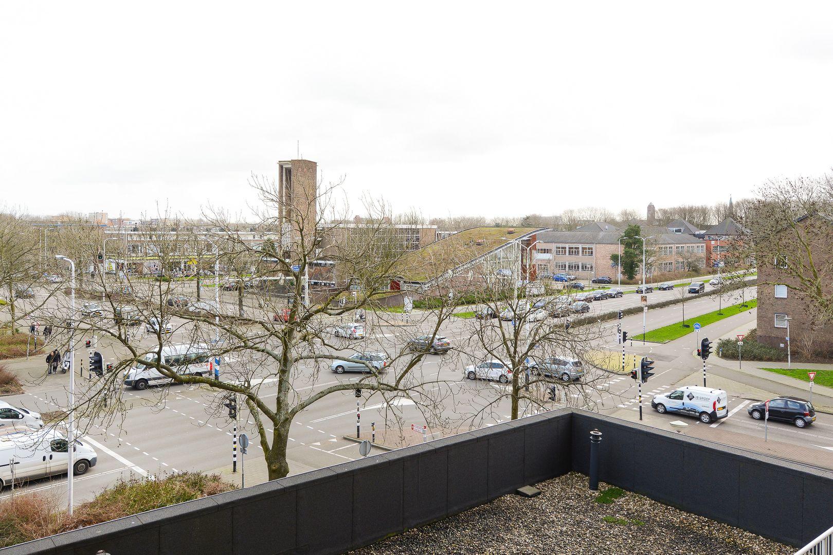 Stadhoudersplein 57, Alphen Aan Den Rijn foto-12 blur