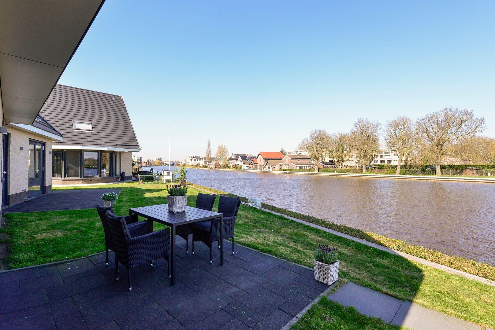 Drossaardstraat 2, Alphen Aan Den Rijn foto-35 blur