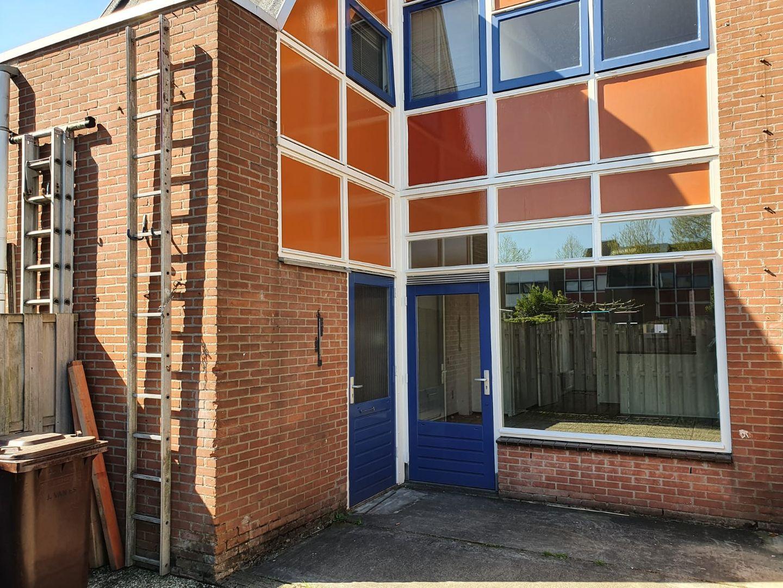 Eekhoorntjesbrood 33, Alphen Aan Den Rijn foto-12 blur
