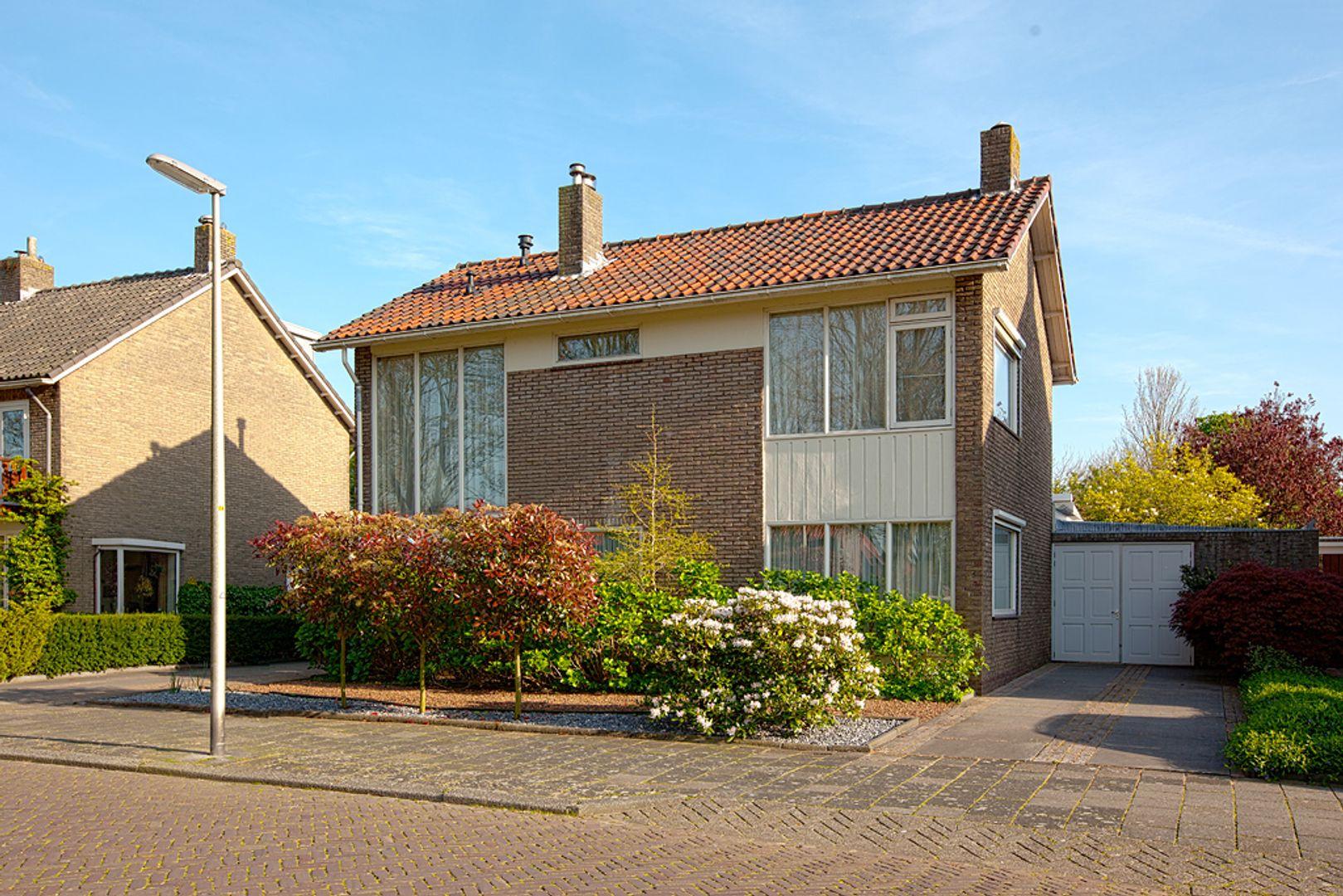Jongkindt Coninckstraat 90, Alphen Aan Den Rijn foto-0 blur