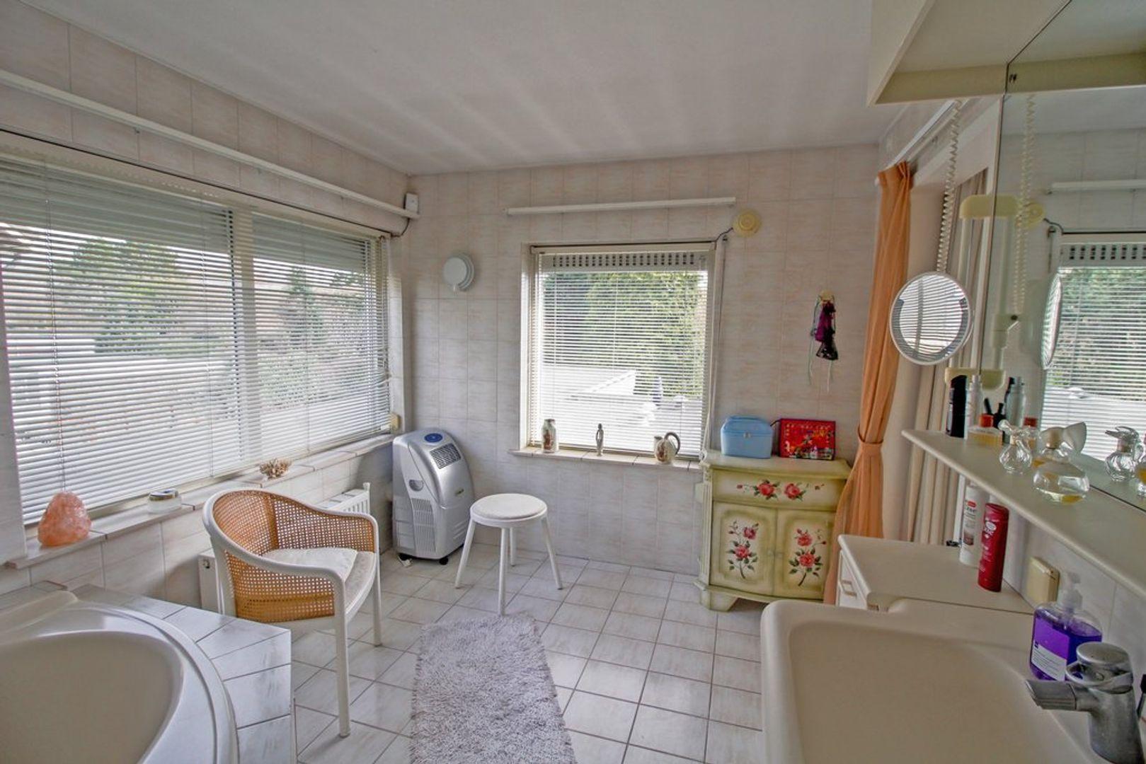 Jongkindt Coninckstraat 90, Alphen Aan Den Rijn foto-16 blur