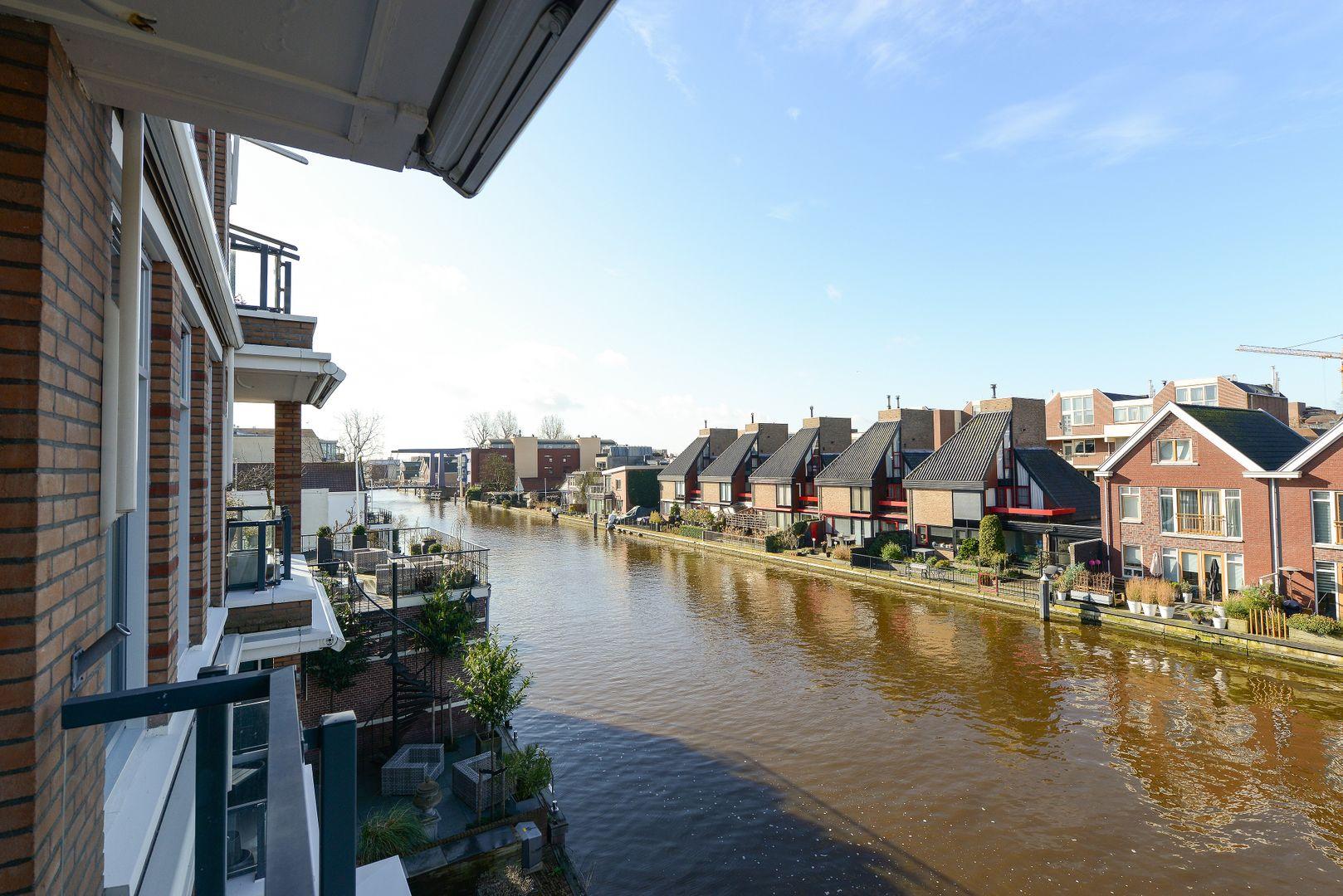 Raadhuisstraat 235, Alphen Aan Den Rijn foto-17 blur