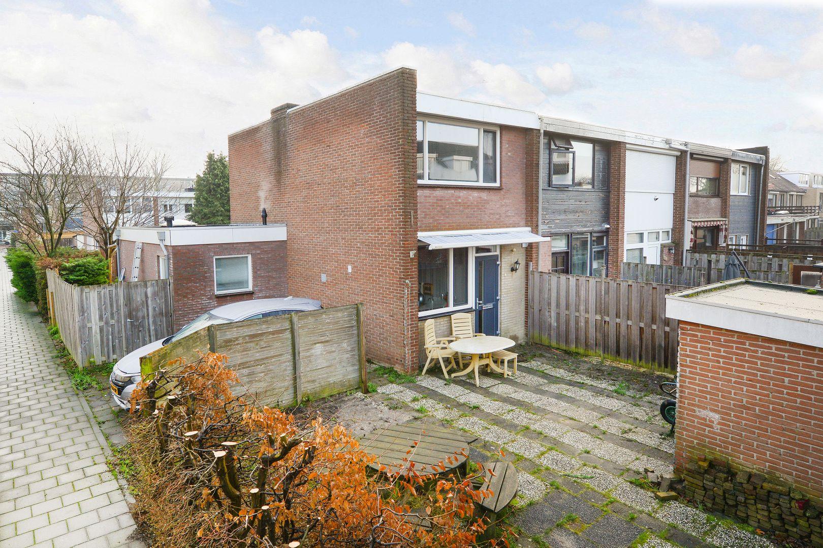 Iepstraat 1, Alphen Aan Den Rijn foto-0 blur