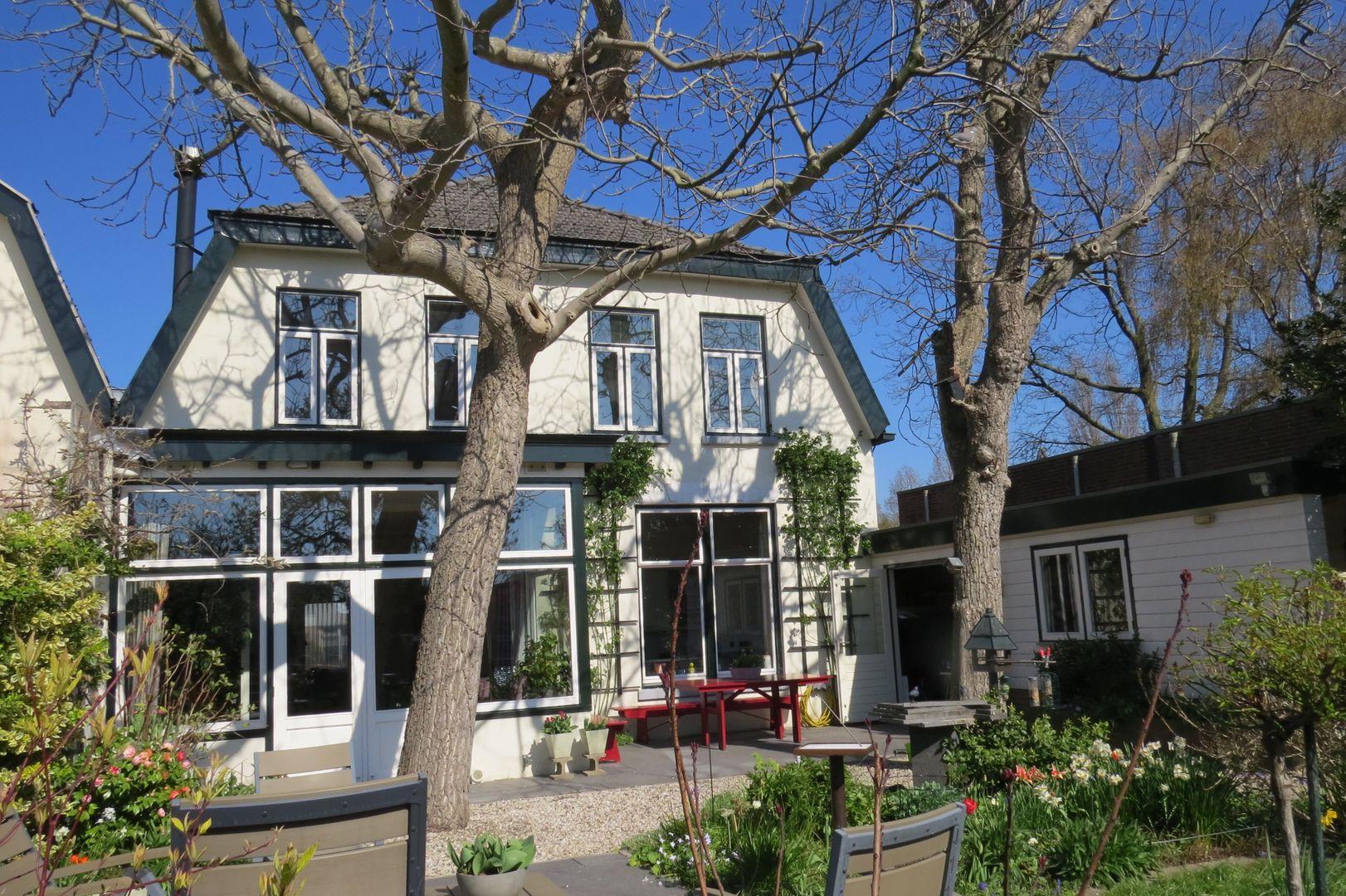 Raadhuisstraat 79, Alphen Aan Den Rijn foto-0 blur