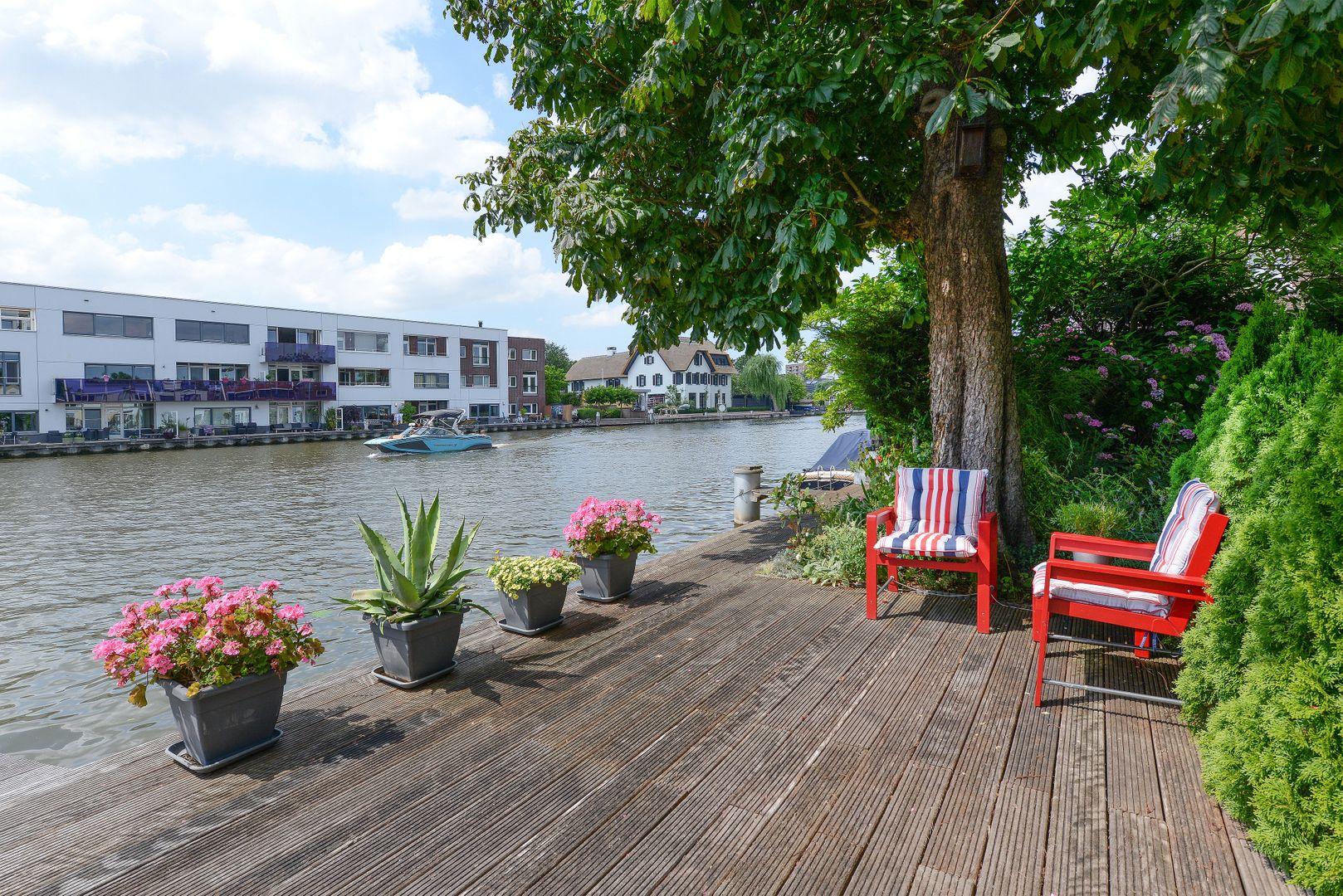Raadhuisstraat 79, Alphen Aan Den Rijn foto-32 blur