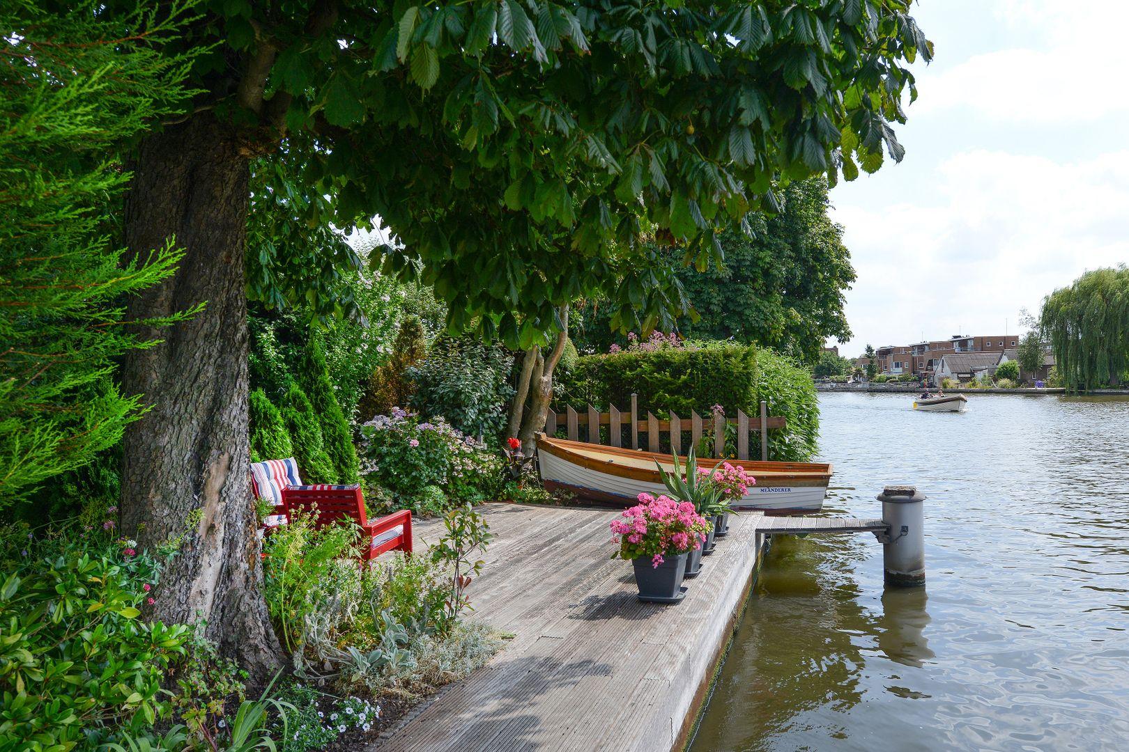 Raadhuisstraat 79, Alphen Aan Den Rijn foto-1 blur
