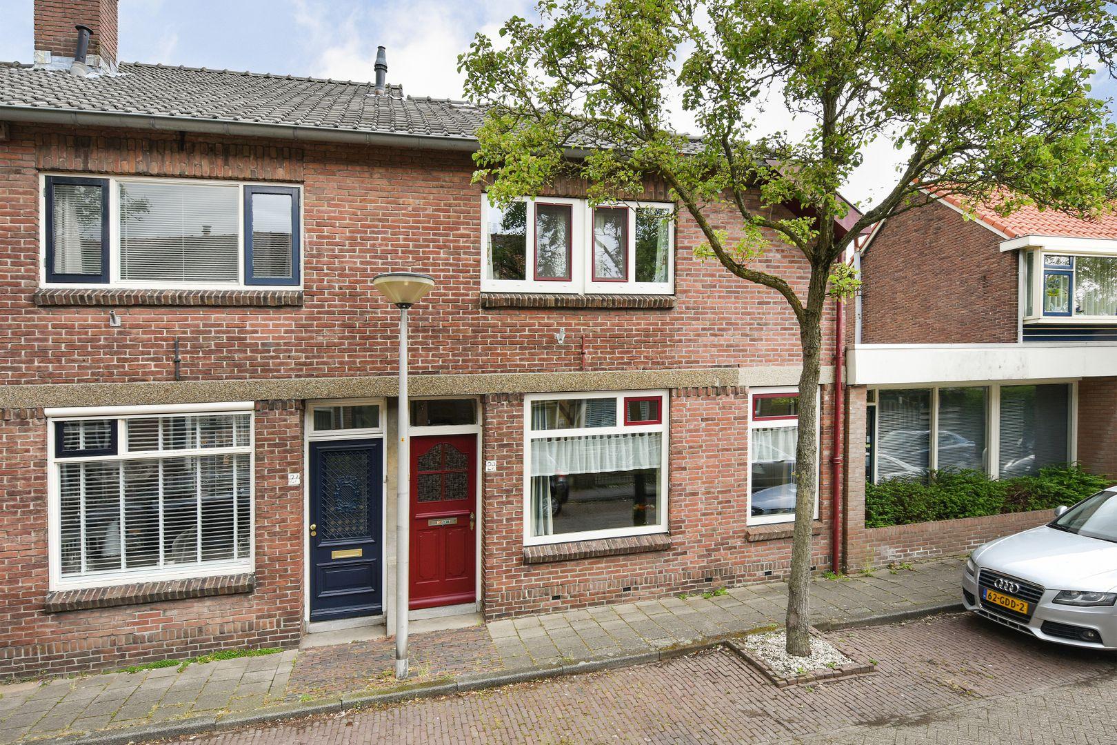 Nieuwstraat 29, Alphen Aan Den Rijn foto-0 blur