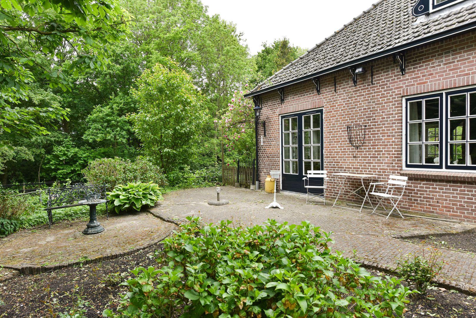 Ridderbuurt 6 a, Alphen Aan Den Rijn foto-26 blur