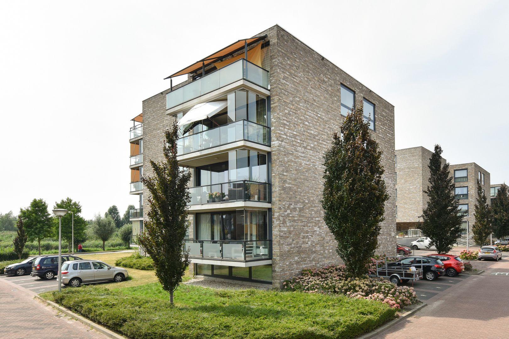 Kooikerstraat 93, Alphen Aan Den Rijn foto-21 blur