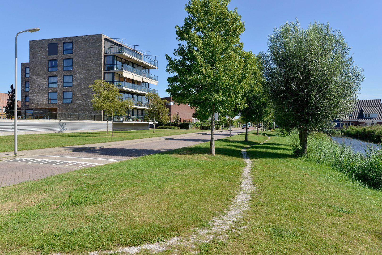Kooikerstraat 93, Alphen Aan Den Rijn foto-17 blur