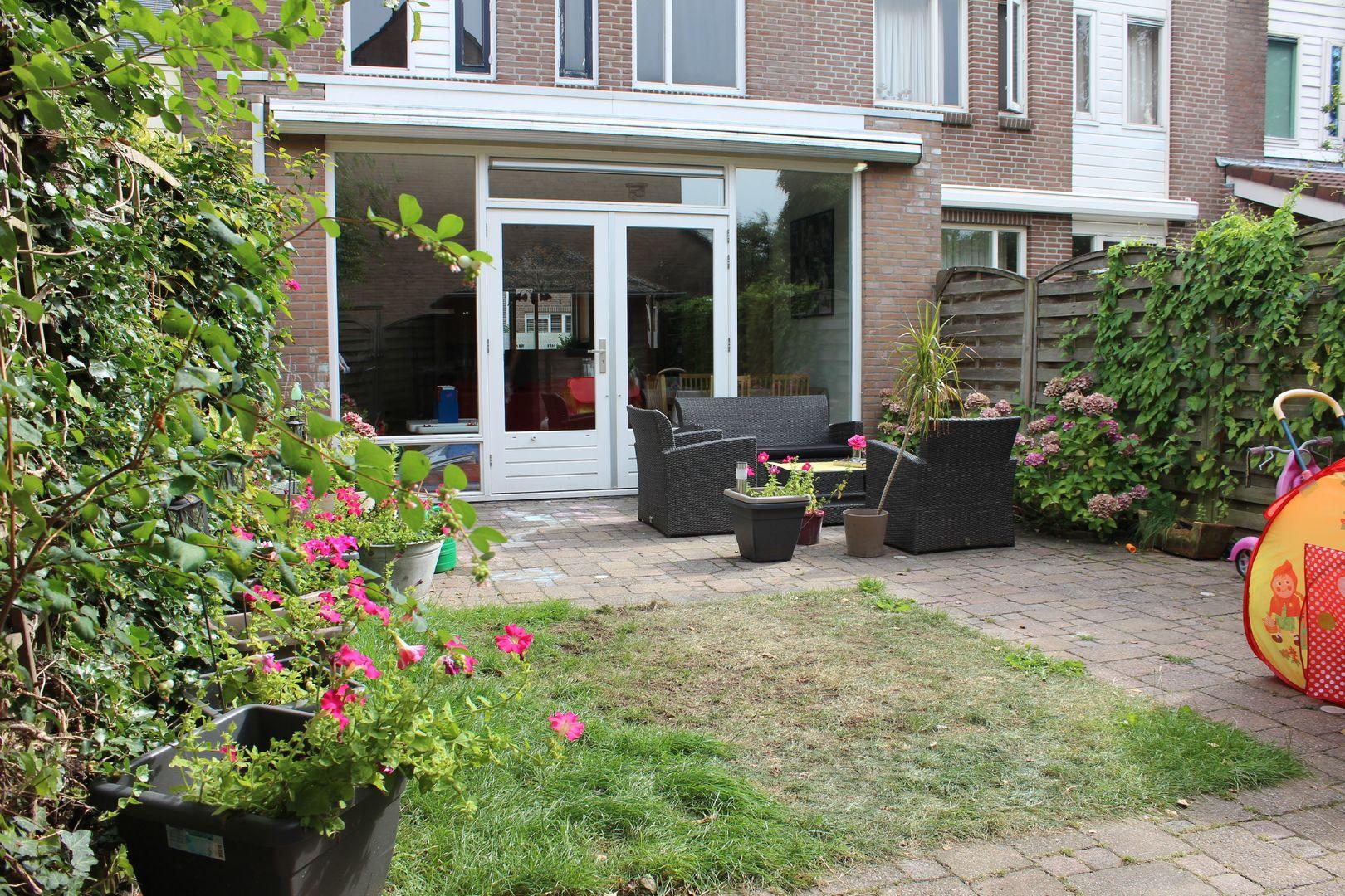 Paddestoelweg 127, Alphen Aan Den Rijn foto-1 blur