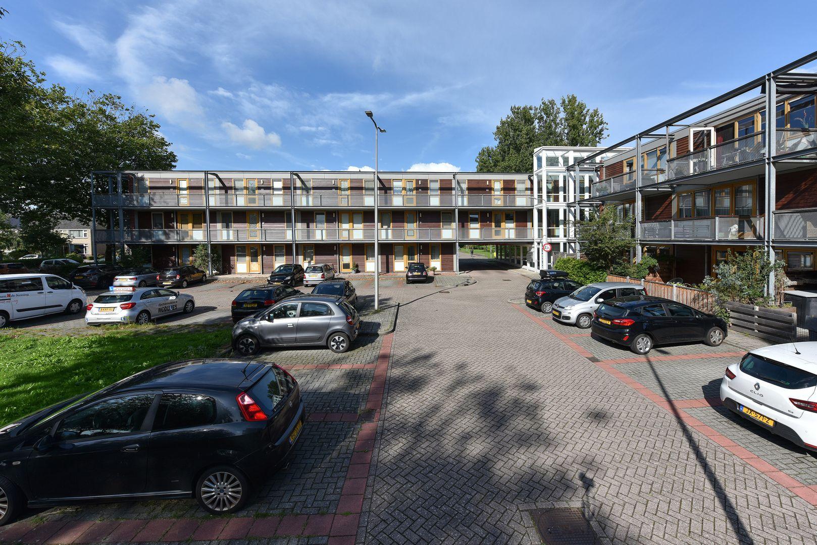 Poolsterstraat 11, Alphen Aan Den Rijn foto-1 blur